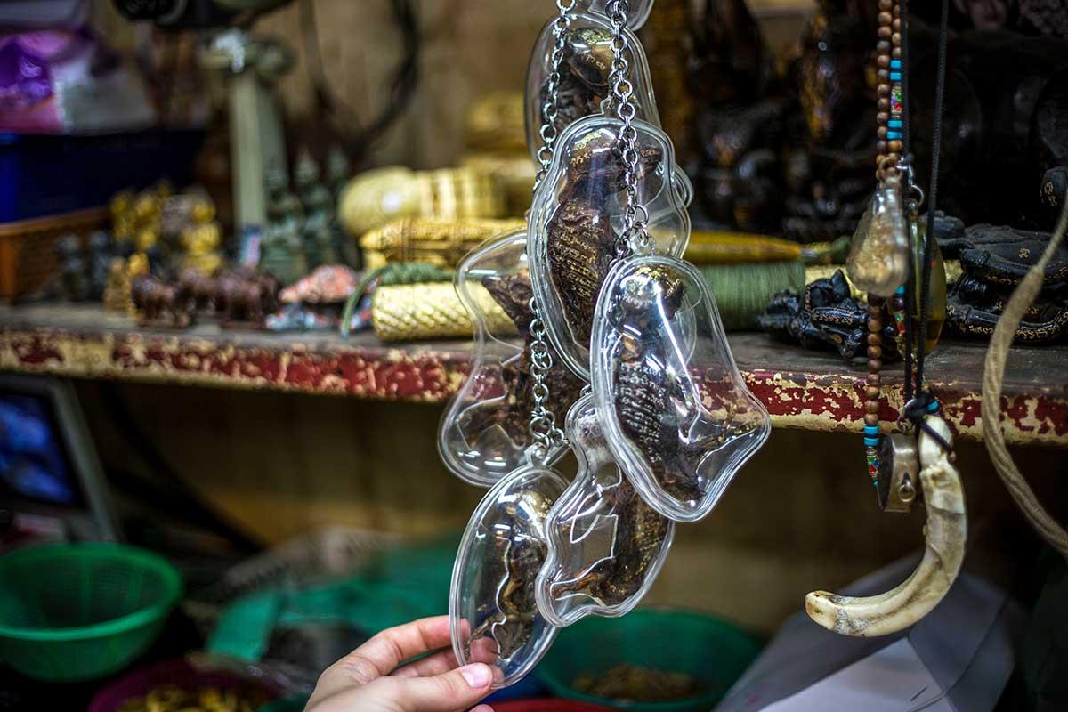 Phra Chan market