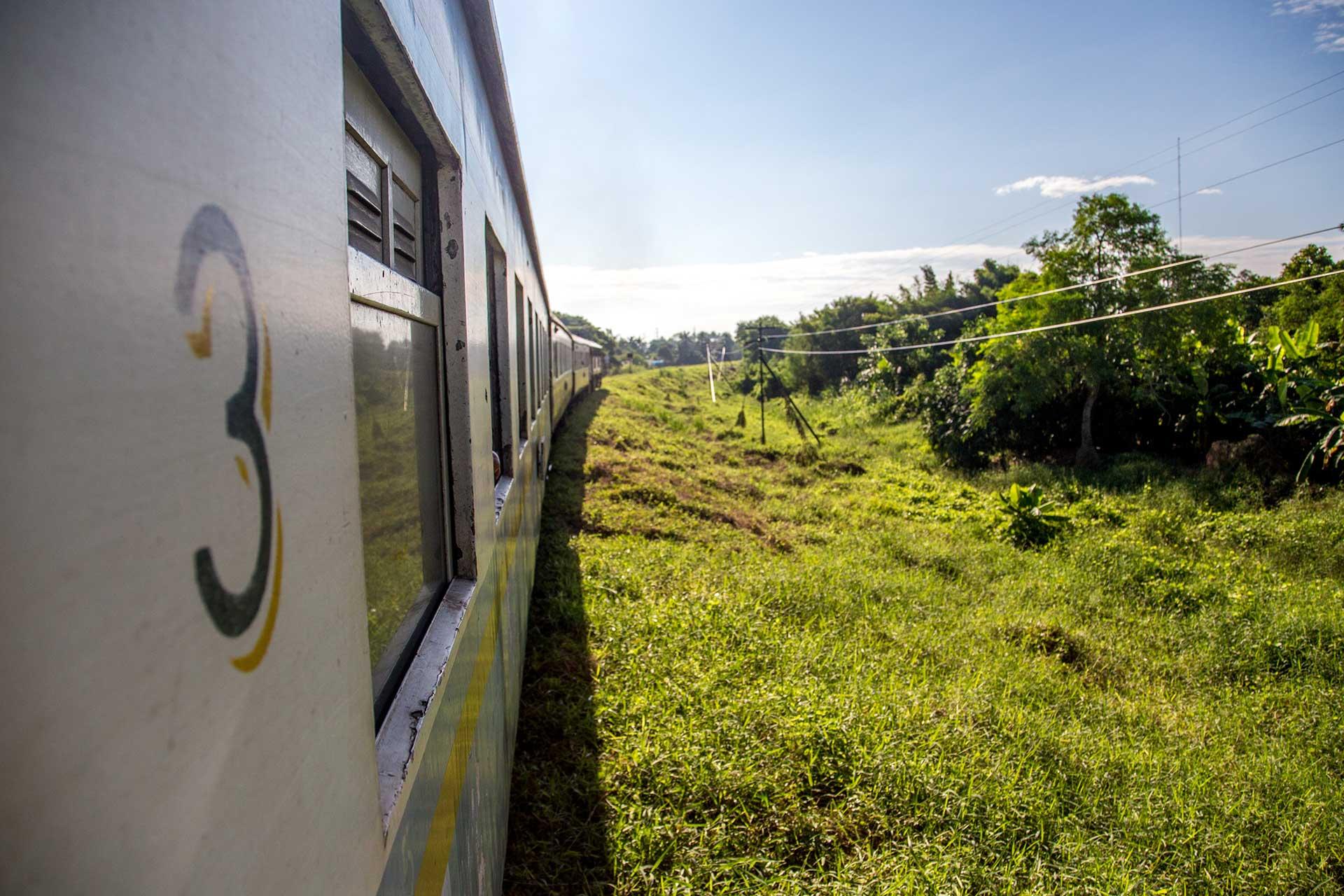 kanchanaburi train thailand