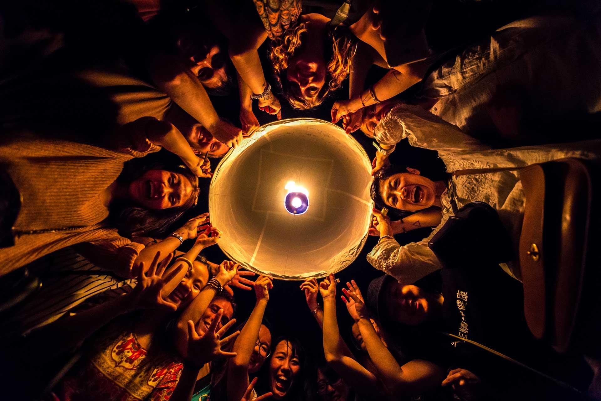 yi peng chiang mai festival guide