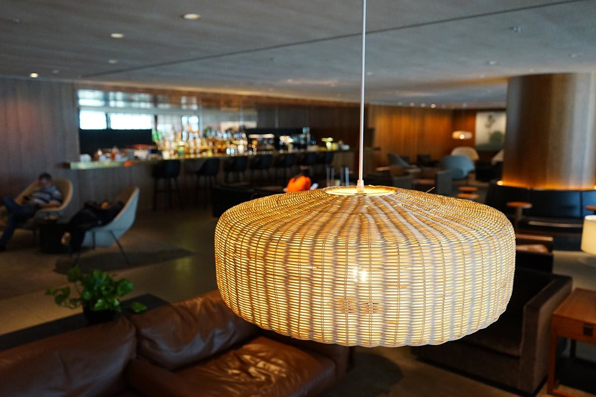 Dim Lights and Dim Sum: A Breakdown of Cathay Pacific's Biggest Lounge