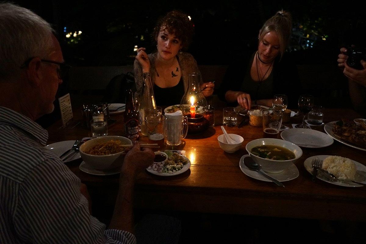 riverside chiang mai restaurant
