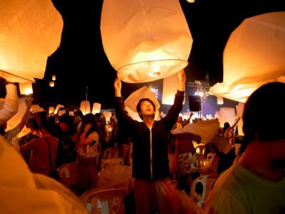 Candles in the Sky: A Near-Disaster at the Yi Peng Festival