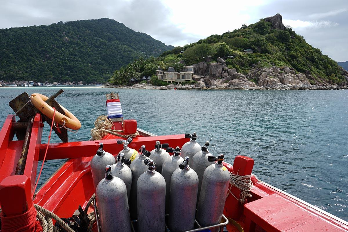 ko tao diving boat