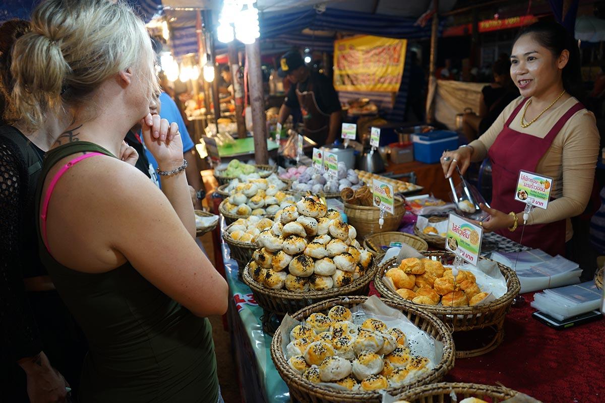 phimai night market