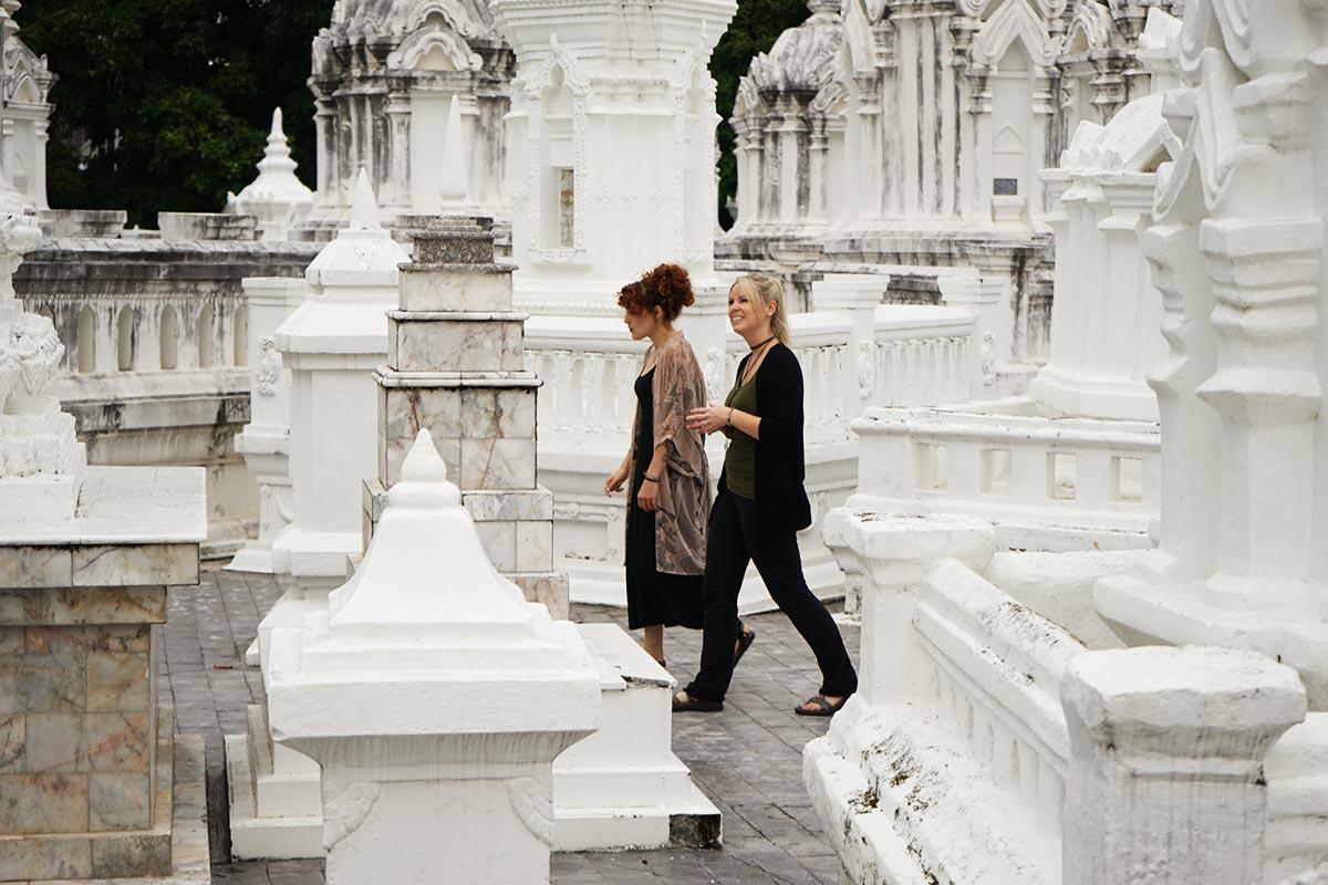 wat suan dok temple tour